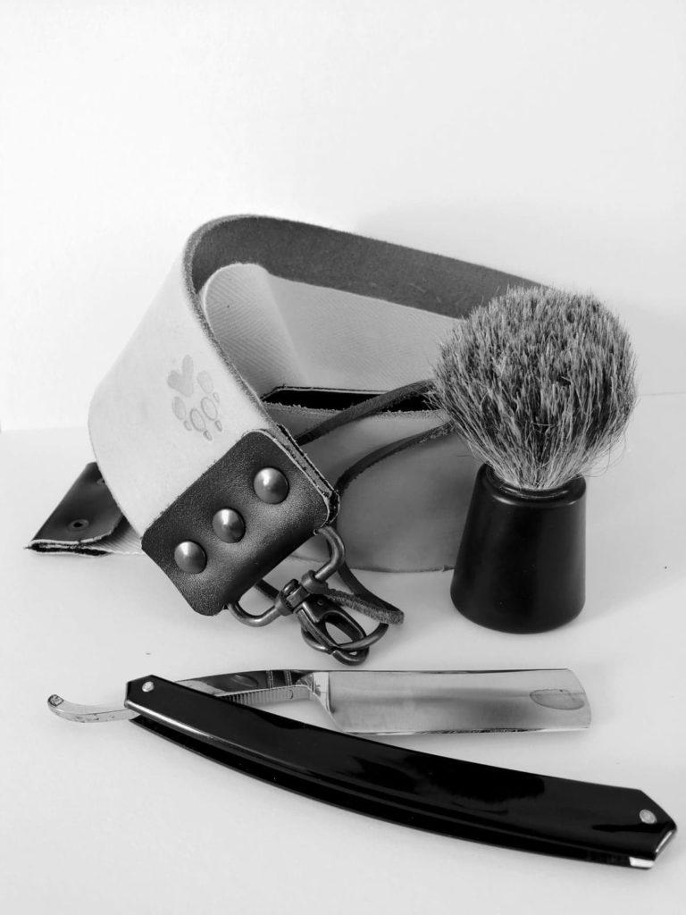 Rasage traditionnel Coupe chou Cuir d'affilage Blaireau Strop  David RAUTUREAU