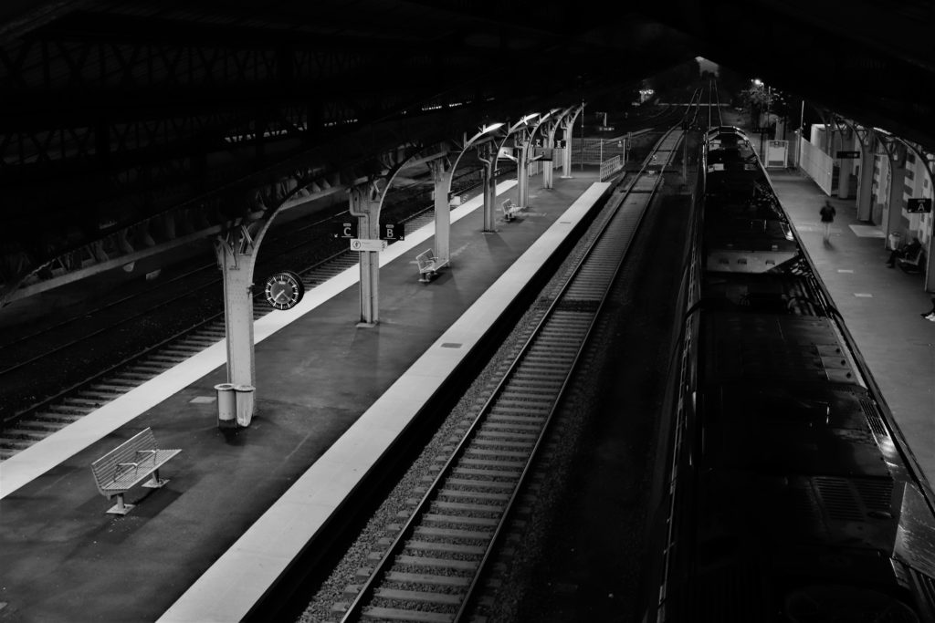 David RAUTUREAU   Gare Train station CHOLET Tracks Rails Noir et blanc