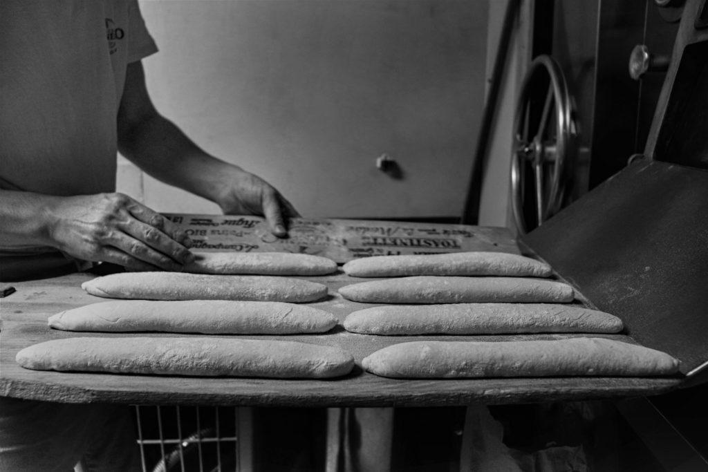 Le four choletais Boulanger Travailleur Nuit  Boulangerie  Préparation du pain  Cholet